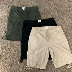 Women's St Johns Bay Cargo Crop Shorts size 8